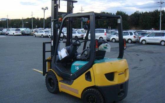Alquiler renting de carretillas y equipos de almacén Komatsu